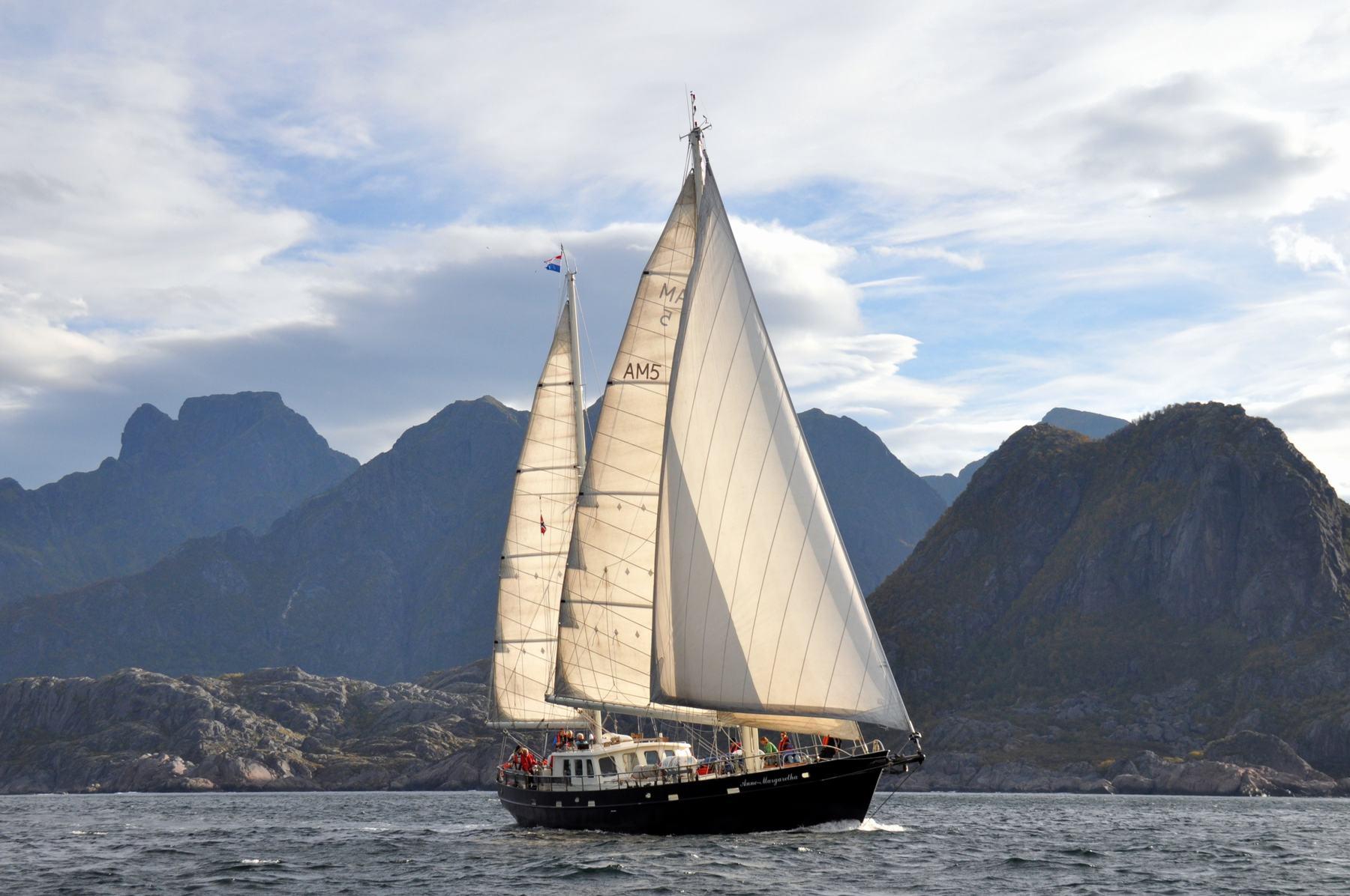 noorse-fjorden-met-anne-margaretha
